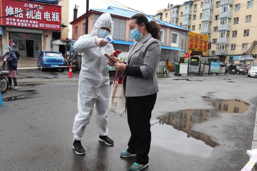 Novo surto na China mostra sinais de que o coronavírus pode estar mudando