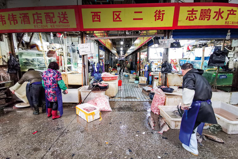 China em alerta, Novo surto de covid-19 em mercado de Pequim